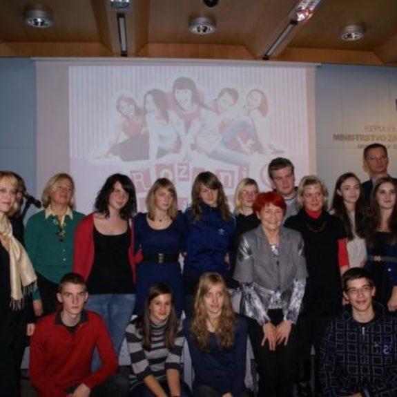 Nagrajenci natečaja Roza ni zgolj poza!, dec. 2010, foto prireditelji