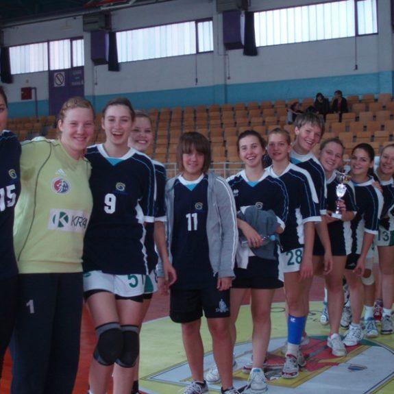 Rokometašice občinske prvakinje, okt. 2011, foto B. Vovko