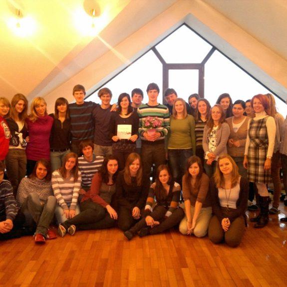 Natečaj Rožnata dlan - 2. a z mentoricama, nov. 2011, foto N. Bratkovič