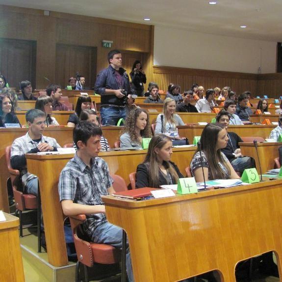 Debate class in European Parliament, 2010, foto J. Š.