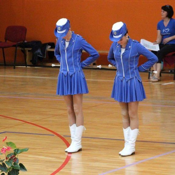 Ana in Nuša na nastopu, foto: Vinko Ribič