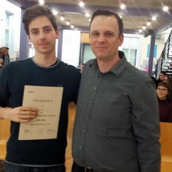 Luka Umek z mentorjem, 14. državno tekmovanje iz filozofije