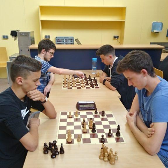 Šahovsko prvenstvo GimNM, foto: Tomaž Koncilja
