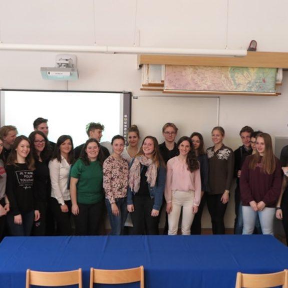 Udeleženci srečanja mladih raziskovalcev Dolenjske in Bele krajine