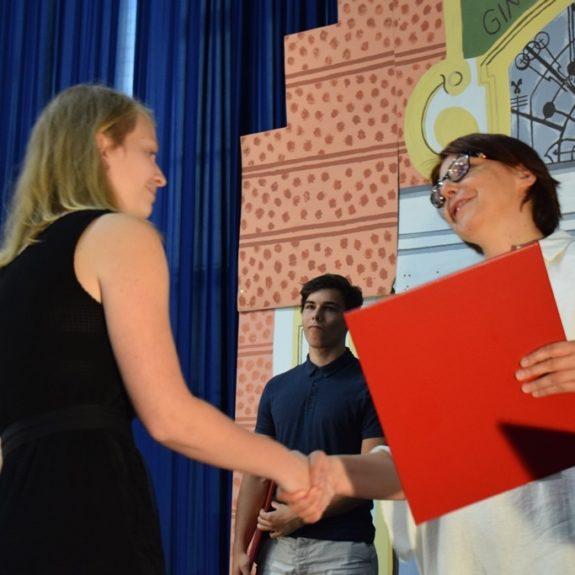 Podelitev priznanj z nagrado dijakom 4. letnika, foto: Jana Prijatelj
