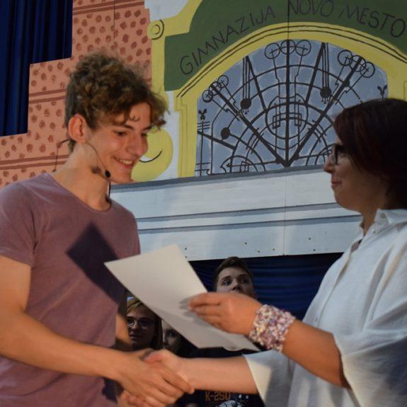 Podelitev priznanj in priznanj z nagradami dijakom 1. letnika, foto: Jana Prijatelj