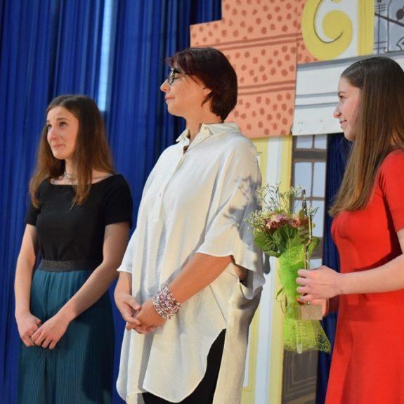 Podelitev nagrade odličnosti, dijakinji Nastji Medle, foto: Jana Prijatelj