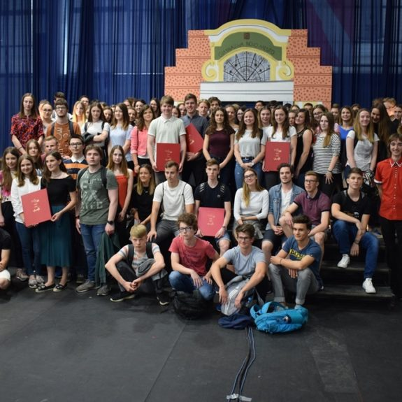 Dobitniki priznan in priznanj z nagrado za šolsko leto 2017/2018,, foto: Jana Prijatelj