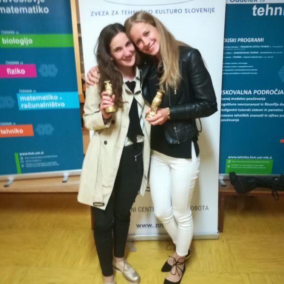 Nastja Medle in Laura Medved, zlato priznanje, 1. mesto - ZOTKS 2018, foto: Branka Klemenčič