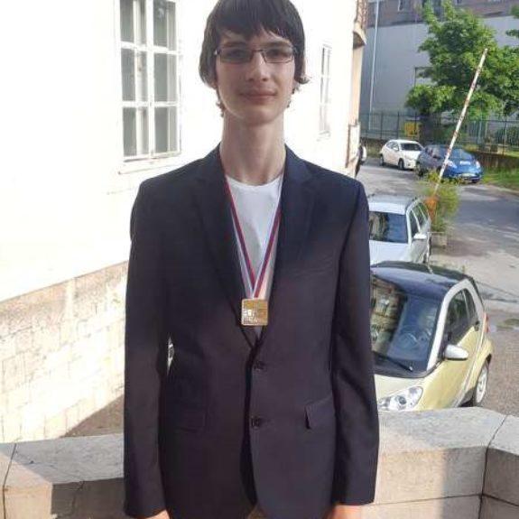 Luka Hadl z zlato medaljo (EUSO 2018), foto: Anita Nose