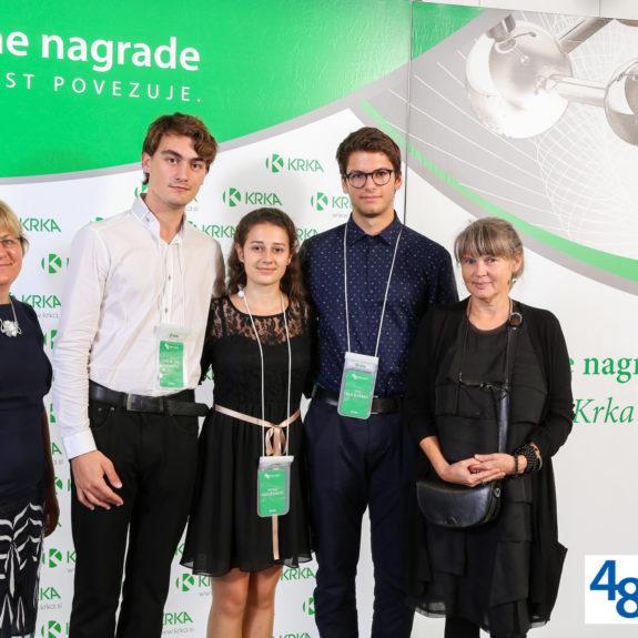 Nagrajenci z mentoricama, foto Arhiv Krke, d. d., Novo mesto