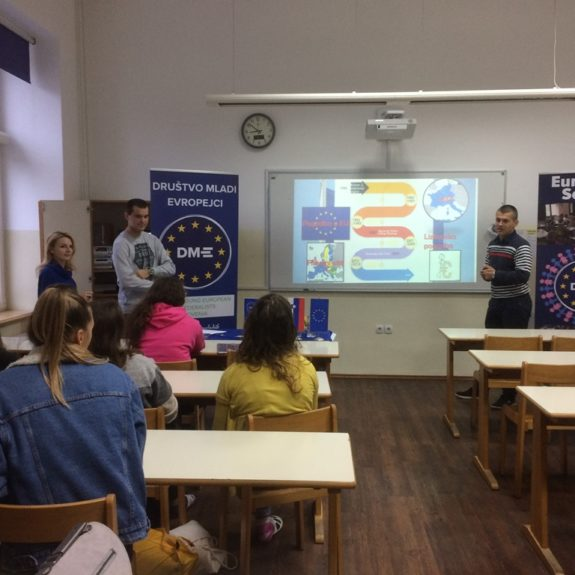 Delavnice za dijake 3. letnika: Evropska unija (3.c), foto: Nina Arnuš