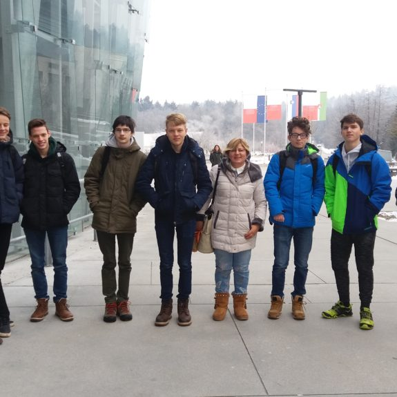 Ekipa naravoslovcev pred državnim tekmovanjem iz znanja naravoslovja