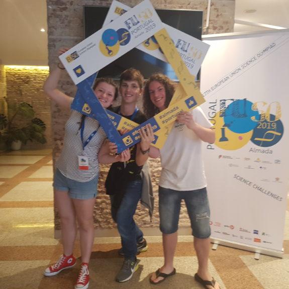 EUSO 2019: Ekipa B (Jernej Birk, Marjetka Zupan in Luka Peršolja), foto: Branka Klemenčič