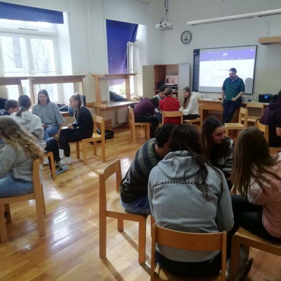 Debata na delavnici, fpoto: Martin Lenarčič, MSS