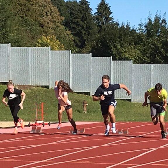 Štart teka na 100 m drugače, foto: S. Lavrič